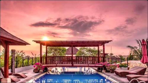 インドネシア・クタ(バリ島)4つ星ホテル