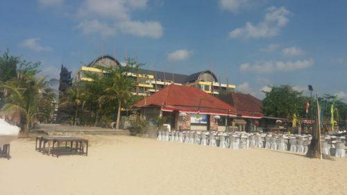 インドネシア・ジンバラン(バリ島)4つ星ホテル